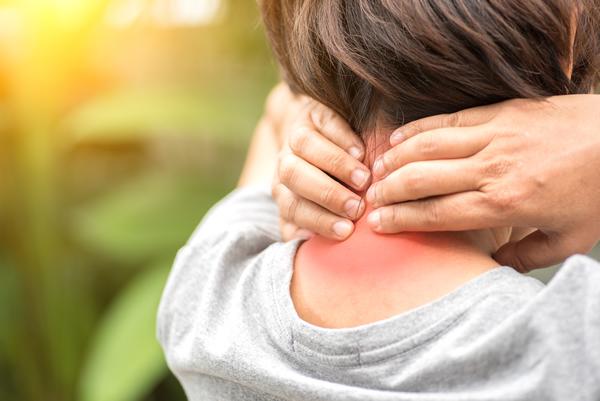 Bij Centrum Vitaal in Hengelo en Amersfoort kun je terecht met acute of chronische pijnklachten. Bijvoorbeeld met een tennisarm en pijn na letsel of trauma.